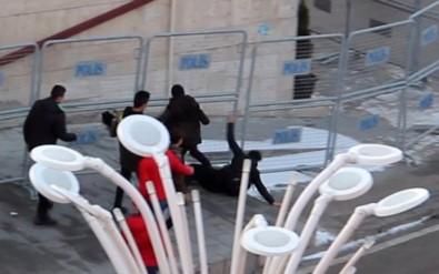Lise öğrencisini tekme tokat dövdüler
