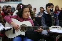 GÖKMEYDAN - Odunpazarı'nda Çocuklar Gitar Öğreniyor