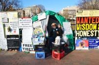 NÜKLEER SİLAH - Beyaz Saray'ın önünde 36 yıldır süren protesto