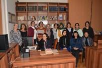 İŞ KADINI - Eski Mezunlar Okullarına Sahip Çıkıyor
