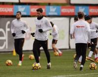 HAKAN BALTA - Galatasaray antrenmanında sürpriz isim