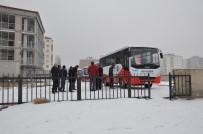 Kars'ta Dolmuşçuların Kapalı Yol Eylemi
