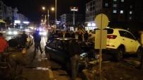 GAFFAR OKKAN - Kars'ta Trafik Kazası Açıklaması 2 Yaralı