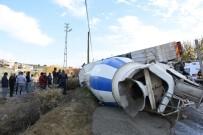 ALİHAN - Mersin'de Trafik Kazası Açıklaması 1 Ölü, 3 Yaralı