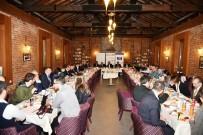 CEPHANELİK - Moldovalı Belediye Başkanları İzmit'i Gezdiler
