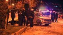 KıRıM - Refüjdeki Ağaca Çarpan Otomobil Devrildi Açıklaması 1 Ölü