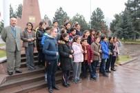 CEPHANE - Tekden Koleji Öğrencilerinden Şehitliğe Ziyaret