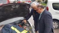 VEFA SALMAN - Veteriner Belediye Başkanının Aracına Kedi Kaçtı