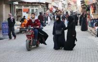 AYAKKABICI - Adana'nın 'Küçük Halep'i