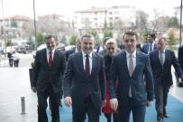 FARUK ÖZÇELIK - Bakan Bak, Kosova Gençlik Ve Spor Bakanı Gashı İle Görüştü