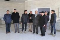 Başkan Uysal Dernek Üyelerine Yeni Hastane İnşaatını Gezdirdi