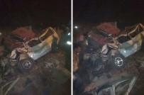 YÜK KAMYONU - Kahire'de Kamyon, Minibüse Çarptı Açıklaması 13 Ölü