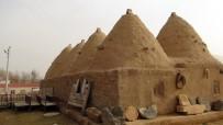 KÜMBET - Tarihi Kümbet Evleri Koruma Altına Alınacak