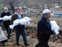 YANGıN YERI - Yangında yaşamını yitiren 3 kardeş toprağa verildi