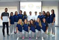 BAYAN VOLEYBOL TAKIMI - Bozüyük Belediyesi Bayan Voleybol Takımı Kritik Virajda