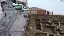 KEMAL DOKUZ - Çanakkale'de AVM İnşaatında Tarihi Buluntulara Rastlanması