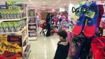 PSİKİYATRİST - Fazla Oyuncak Çocuklarda Beceri Gelişimini Engelliyor