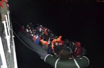 ORTA AFRİKA - Yunan Adalarına Geçmek İsteyen 51 Kaçak Göçmen Yakalandı