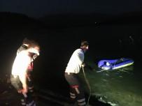 Barajda Botu Devrilen Vatandaşın Yardımına İtfaiye Koştu