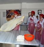 KALİFİYE ELEMAN - Bu Okul Kursiyerlerini İş Sahibi Yapıyor