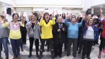 KAHKAHA - 'Kahkaha Yogası'yla Stres Attılar