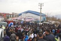 Cumhurbaşkanı Erdoğan için 'Şırnak il kalsın' pankartı astılar