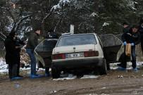 CENAZE ARACI - Ankara'da Ormanlık Alandaki Otomobilde Erkek Cesedi Bulundu