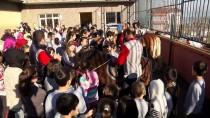 HAYVAN SEVGİSİ - At Binmeye Gelemeyen Çocuklara Atları Götürüyor