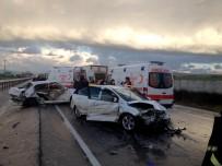ZİNCİRLEME KAZA - Bursa'da Zincirleme Kaza Açıklaması 2 Ölü, 8 Yaralı