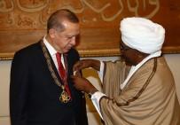 DEVLET NİŞANI - Cumhurbaşkanı Erdoğan'a Yüksek Devlet Nişanı Takdim Edildi