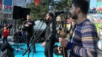 BARBUNYA - Gaziosmanpaşa Karalahana Ve Mısır Ekmeği Festivali'ne Yoğun İlgi