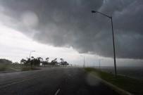 ELVERİŞSİZ HAVA - Kasırgada Ölü Sayısı 200'Ye Yükseldi