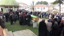 KIZ KARDEŞ - Kazada Ölen Oğlunun Cenaze Namazını İmam Babası Kıldırdı