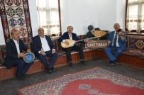 HACı TAŞAN - Tarihi Okul Tarihi Kültürü Yaşatmaya Devam Ediyor