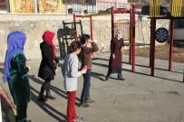 Ahıska Türkü Çocuklar Mobil Gençlik Merkezi İle Doyasıya Eğlendi