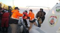 İNSAN KAÇAKÇISI - Çanakkale'de Göçmen Kaçakçılığından 3 Tutuklama