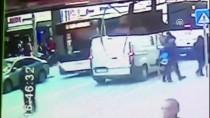 BELEDIYE OTOBÜSÜ - Denizli'de Trafik Kazası Açıklaması 2 Yaralı
