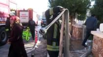 ELEKTRONİK SİGARA - Elektronik Sigara 'Bomba Gibi' Patladı