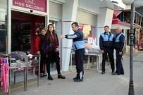 KALDIRIM İŞGALİ - Erdemli'de Kaldırım İşgaline Karşı Önlemler Artırıldı