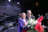 FERHAT GÖÇER - Gaziantepliler Kurtuluş Gününü Ferhat Göçer'le Kutladı