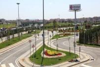 ULAŞTIRMA BAKANI - Geleceğin Bilinçli Şoförleri, Ümraniye Belediyesi Trafik Eğitim Parkında Yetişiyor