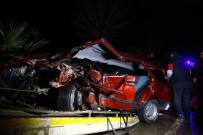 KARADENIZ SAHIL YOLU - Giresun'da 'Dur' İhtarına Uymayan Şüpheli Araç Kaza Yaptı Açıklaması 2 Yaralı