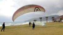 YAMAÇ PARAŞÜTÜ - Yamaç Paraşütçüleri Selinus Plajında Eğitim Yaptı