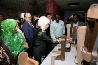 ENGELLİ ÇOCUK - Emine Erdoğan, Sudan'da TİKA Ebe Eğitim Merkezi'ni Ziyaret Etti