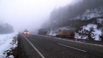 KADı DAĞı - Ilgaz Dağı'nda Sis Ulaşımı Olumsuz Etkiliyor