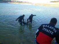 DEĞIRMENBAŞı - Kayıp Yaşlı Kadının Cesedi Gölette Bulundu