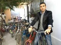 PINOKYO - Çocukluğunda Parasızlıktan Binemediği Bisikletlerin Koleksiyonunu Yapıyor