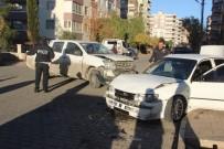 KARAKÖPRÜ - Şanlıurfa'da Trafik Kazası Açıklaması 2 Yaralı