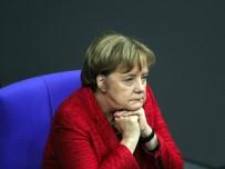 YEŞILLER PARTISI - Almanların Yarısı Merkel'i 2021 Seçimlerinde Siyasette Görmek İstemiyor