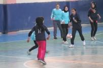 GÖKÇEDERE - Bayburt'ta İlk Kez Kızlar Futsal Turnuvası